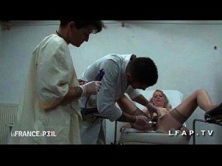 ffm cougar sodomisee par l asistente en el gyneco aux gros seins