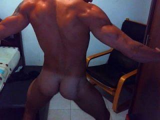 chico caliente en la danza webcam y tirón fuera