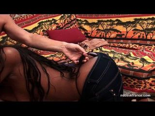 muy grande boobed francés negro profunda anal follada y jizzed en el cuerpo de un casting
