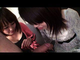 subtitulado sin censura pov japonés cfnm threesome mamada en hd completo