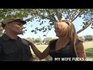 soy tu esposa pero necesito un poco de polla en el lado