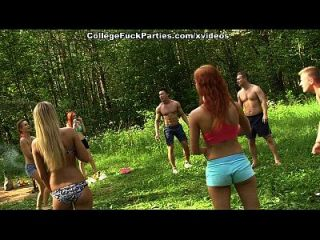 dirty minded babes enjoy champagne and college dp escena 2