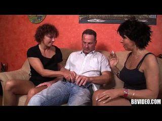 bisexual alemán milfs compartir polla