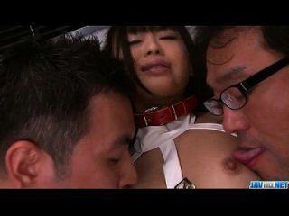 chika ishihara lindo adolescente clavado en gangbang asiático magnífico