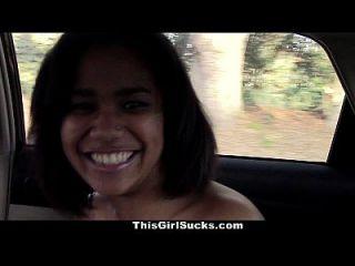 thisgirlsucks ébano adolescente chupa polla en el coche
