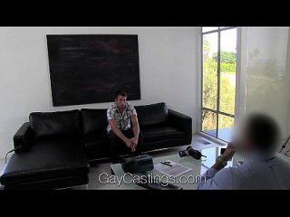 hd gaycastings lindo y tímido chico americano es jodido por el agente de casting