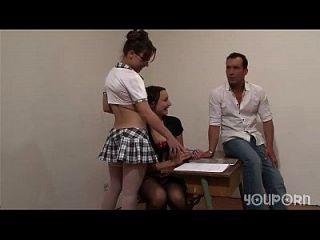 youporn 2 chicas de la escuela obtener lecciones privadas de profesor telsev