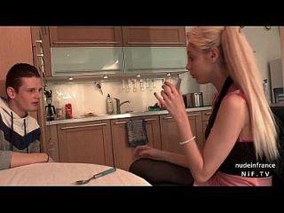 adolescente bastante amateur francés follada duro por su novio