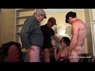3973129 aficionado squirt morena duro dp en el foursome con papy voyeur