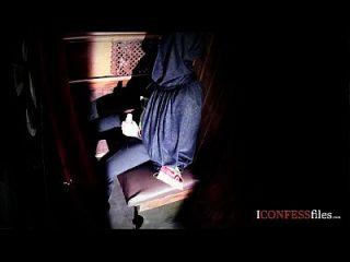 confessionfiles: babe británico folla en cabina de confesión
