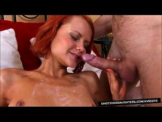 anal creampie para la hija pelirroja