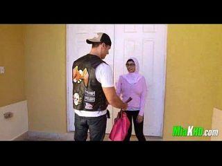 mia khalifa y su mamá se unen en su bf 91