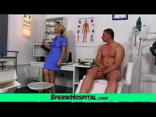 stocking piernas puma doctor maya acariciando pene hasta semen en tetas