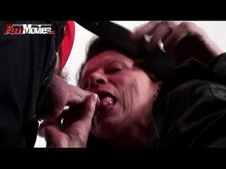 películas de la diversión la abuelita cachonda no consigue bastante