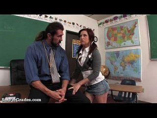 apretado húmedo adolescente follada por el profesor!