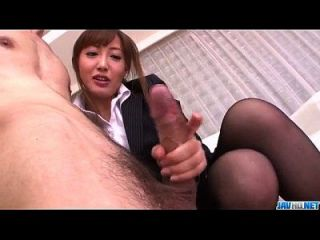 mami asakura oficina de aventura con su jefe