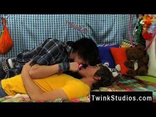 photo sexo gay cuerpo completo paquistán josh bensan es una especie de comedor de tipo.