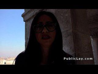 estudiante busty español folla al aire libre
