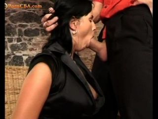 a ella le gusta coger el culo