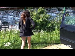 chica adolescente recogida y follada al aire libre y público amateur