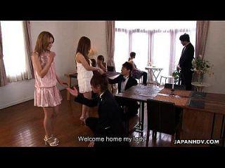 lindo asiático glam nena obtener su masaje crudo