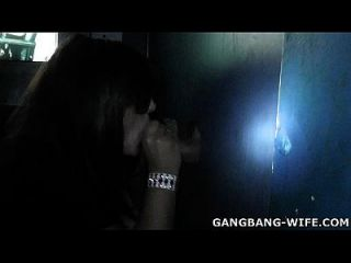 adulto teatro gangbang slutwife
