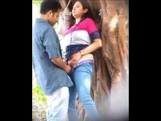 pareja mexicana pillada en el monte|pornomexxxicano.com