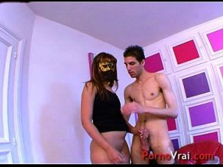 arab girl sabrina le encanta masturbarse delante de videos porno! amateur francés
