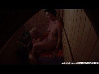 voyeur sauna espía cam capturadas las niñas en la sauna pública