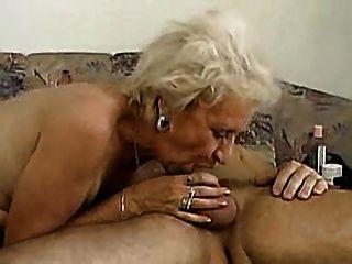 La abuela puede profundamente