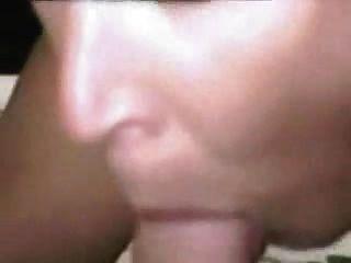 Milf deepthroats para cum 1