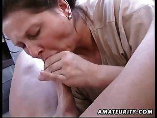 Chubby amateur esposa mamada casera y mierda