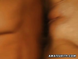 Flaco adolescente gf aficionado chupa y folla con faciales