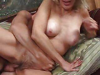 Más viejo y córneo verdadero sexo maduro de la esposa 2 dudenwk