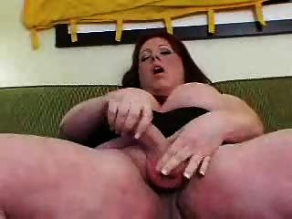 Tranny gordo cumming