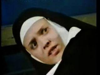 Clásico alemán porno 8 fantasía monja