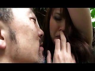 Niña japonesa capturada usada (sin censura)
