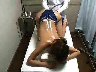 Oculta cam espía joven japanese masaje paciente fingered