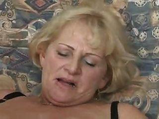 Abuelita rubia chupar y joder