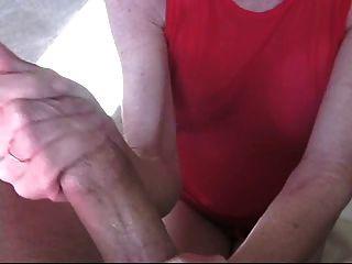 Melanie enseña masturbación