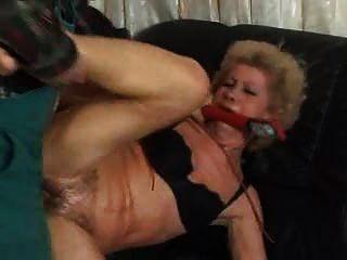 Mamie ama la mordida