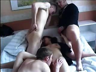 Mamá y muchachos rusos