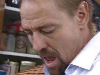 Hot redhead alemán maduro se golpeó