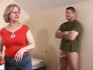 Mujer jacking de un chico joven ... no te pierdas!