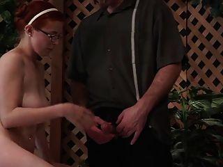 Papá no da educación sexual a su hija wf