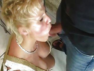 Mujeres maduras follando con extraño