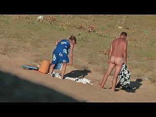 Oculto vid de francés caliente pareja en la parte de playa 7
