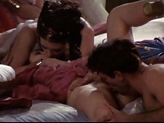 Orgia caliente en el estilo clásico de la pornografía alemana 3