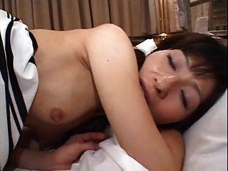 Pequeño japonés maduro violado analmente (sin censura)