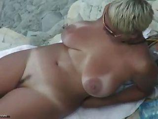 Sexy desnuda playa desnuda